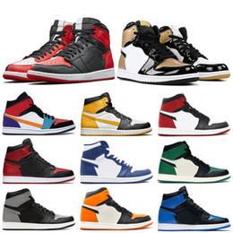 Zapatos de baloncesto de diseño online-nike air jordon retro 2019 1s de baloncesto Homenaje a casa Chicago Gold Toe Mid Bred Multi Color Diseño de fragmento de alta calidad OG Bred Sneakers Zapatillas de deporte