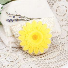Цветок маленький сумка на плечо онлайн-Симпатичная соломенная сумка на плечо с подсолнухом Маленькая сумка с цветами через плечо Плетеная сумка для ключей Портмоне EEA360
