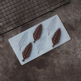 Special Sawtooth Pinnate Leaf Shape Chocolate Stencil Mold Cake Decorating Leaves Silicone Mold Transfer Sheet Baking