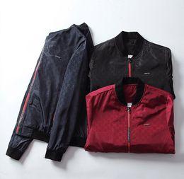 Wholesale 2019 La nuova giacca bomber da uomo autunno pietra autunno spedizione veloce e cappotto terra è giacca di pietra nera con cappello