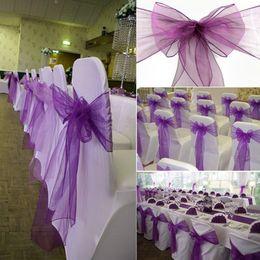 Wholesale Barato púrpura Organza silla de la boda cubierta del banquete banquete de boda sillas banquetas arco con cinta de organza para la ceremonia de boda decoraciones