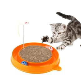 Brinquedos do gato Placa de Risco de Gato Rato Brinquedo de Papelão Ondulado Pet Frame Primavera Sinos Arranhar Post Engraçado Jogando Brinquedos Para Gatos supplier toy post de Fornecedores de poste de brinquedo