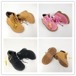 Zapatos casuales niños rojos online-Timberland botas de nieve botas de los niños Deportes zapatillas de deporte de los muchachos ocasionales niñas hijos de lujo formadores de trigo Negro rojo de los cargadores de