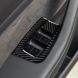 Etiqueta do painel da porta do carro on-line-Botão Carbon Fiber Car porta janela Key Control Panel Decoração Acessórios carro decoração adesivo para Tesla Model 3