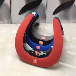 hals-lautsprecher Rabatt Drahtlose Bluetooth-Lautsprecher am Hals U-förmige tragbare Hals tragen Nackenbügel hängen Mini Creative Card Sports Audio