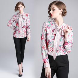 Nueva camisa color corte online-Nuevo otoño verano mujer corte perfecto de impresión flor Slim Tops para mujer hermoso botón de la oficina frontal solapa cuello camisas de manga larga blusa