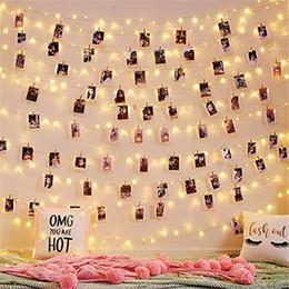 Luces de cadena al aire libre con pilas online-cadena de luz LED clip de madera foto Luz de Navidad al aire libre guirnalda con pilas de Año Nuevo la boda del partido decoraciones de Navidad