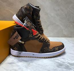 Tabla de skate b online-Nueva calidad superior de las mujeres de los hombres zapatos casuales de baloncesto deportes fitness entrenamiento tenis zapatillas de deporte de los planos zapatos de skate board mocasines botas