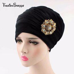 Jóias cachecóis tubos on-line-2016 NOVO luxo de veludo plissado turbante hijab turbante envoltório da cabeça tubo extra longo cachecol laço com o broche de jóias