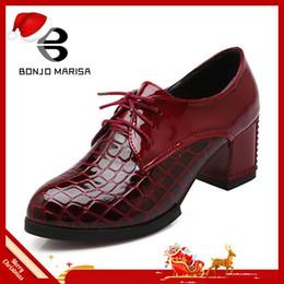 2019 каблуки западного стиля BONJOMARISA мода старинные зашнуровать пр насосы женщин большой размер 34-43 западный стиль платформы высокие каблуки платье обувь женщина обувь дешево каблуки западного стиля