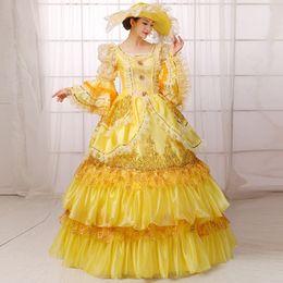 Abiti imperiali online-Royal Crystals Court Dresses Famiglia imperiale Fotografia europea Serve Stage Dance Applique Vintage Women Prom Gown Custom