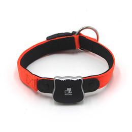 2019 cani gps Mini Pet Tracker GPS Impermeabile IP66 Piccolo Smart Tracker GPS con collare per animali domestici Gatto Cane GPS + Posizione LBS sconti cani gps