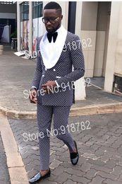 progettista dimagrente adatta il nero bianco Sconti Abiti da sposa per 2018 New Designer Nero Bianco Dot Doppio petto Suit Uomo Terno Masculino Slim Fit Costume Homme C18122501