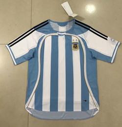 Швейные логотипы онлайн-Высокое качество 2006 Аргентина MESSI Футбольные майки Сшитые логотипы Чемпионат мира по футболу 2006 года в Аргентине