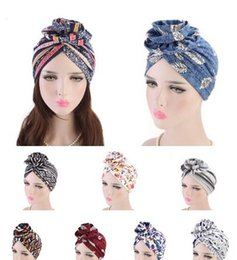 turban party hijab Sconti 2019 New fashion Elegante 3D big Flower Turbante Donne Cancro Chemo Berretti Skull Caps Musulmano Turbante Party Hijab Headwear Accessori per capelli