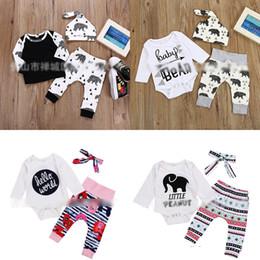 Winter Kinderbekleidung Elefant Brief Geometrie Figur Kamelie Streifen BB Bär Druck Strampler grau schwarz dreiteilige Baby Onesies M037 von Fabrikanten