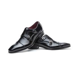 Men s burgundy dress shoes online-partido de los zapatos formales de los hombres de cuero de alta calidad de doble punta cuero de la hebilla de la boda borgoña monje con el zapato de vestir de los hombres