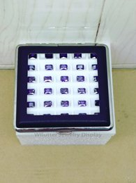 Date Leatherette Gem Vitrine 30 Grilles Boîte De Diamant Sac De Pierre Avec Noir Blanc Gel De Silice Pad Gemstone Pendentif Titulaire 2 pcs ? partir de fabricateur