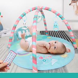 Nouveau Unisexe Bébé Télécommande Musical Fitness Rack Tapis De Jeu Jouets Éducatifs Mode Bébé Jouets ? partir de fabricateur