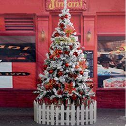 2020 decorazione spray a neve 1,5 m / 150 centimetri di neve fiocco di neve albero di Natale affollano neve spray Decorazione dell'albero di Natale a casa Hotel Arcade decorazione spray a neve economici