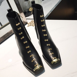 Koreanische stiefel hoch martin online-New Korean Style High Heel Stiefel Frau Echtes Leder Goldzehe Britische Martin Stiefel Feminino
