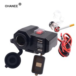 Canada ar-Styling 12V / 24V Etanche Voiture Bateau Moto Double USB moto Chargeur LED Voltmètre étanche Offre