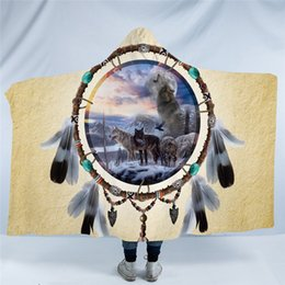 2020 lana de lobo Dreamcatcher con capucha Manta 3D Lobo Sherpa Fleece Blanket usable lobos tirar las mantas tribales para la cama del sofá Inicio lana de lobo baratos
