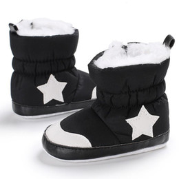 modello morbido dei pattini del neonato soled Sconti Stivali da neonato moda Stivali invernali da bambino scarpe calde Boy Girl Five Star Stivali da neve con suole morbide Scarpe da casa B2