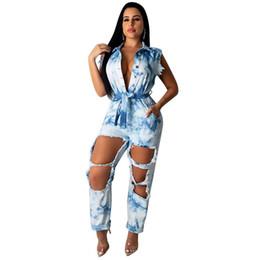 Krawatte jeans blau online-Sexy Loch zerrissene ärmellose Blue Denim Overall Frauen aushöhlen Bandage Gürtel Tie Dye Vintage Jean Strampler Plus Size 2XL