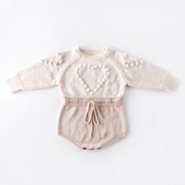 Barboteuse coeur de bébé en Ligne-bébé enfants vêtements de créateurs Tricoté Romper Manches Longues Amour Coeur Conception Grenouillère Vêtements 100% coton fille chaud barboteuses 0-2T