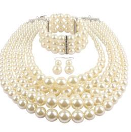 Deutschland Multi Layer Simulierte Perlenstrang Kostüm Schmuck Sets Frauen Damen Modeschmuck Lange Acryl Perlen Multi Layer Halskette und Ohrringe cheap long necklace acrylic beads Versorgung