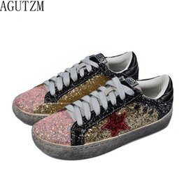 Women flat shoe 2018 Women Casual Shoes Glitter Leather Do Old Dirty Shoes  Mixed Color Women Sequins Star Golden Fleeces trainer f4cc402124d7