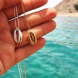 fascini del mare d'oro Sconti Collane del pendente delle conchiglie di Boho di modo Sea Beach per le donne Catene di fascino dell'oro della Boemia delle donne Regalo semplice dei gioielli