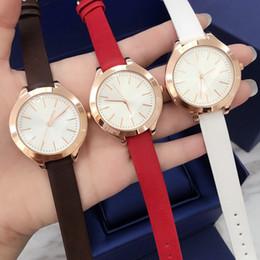 relógio designer feminino Desconto 2019 Moda Feminina couro preto Vestido Relógios relógio de quartzo feminino de couro genuíno designer de luxo senhora relógio de pulso Relojes De Marca Mujer