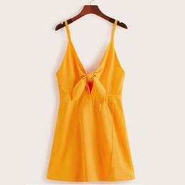 желтые комбинезоны для женщин Скидка Sexy Jumpsuit Women Front Bowknot V neck Casual Rompers Womens Jumpsuits Solid Yellow Loose Beach Style Soft Jumpsuits Women