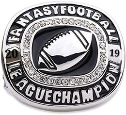 Novo 2019 Fantasy Football Championship Ring Souvenir Men Fan Gift Transporte da gota cheap fantasy football de Fornecedores de futebol fantasia
