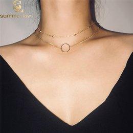 69589a0430c5 2 unids   set Cadena de Oro Círculo Colgante Gargantillas Collares Para Las  Mujeres Simple Collar de Cadena Corta de Cuentas de Joyería de Moda