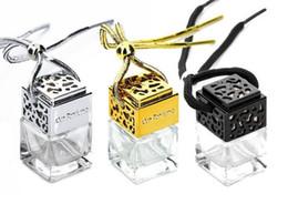 Nouveau Cube bouteille de parfum Voiture Suspendus Parfum Rearview Ornament Désodorisant Pour Huiles Essentielles Diffuseur Parfum Vide Bouteille En Verre 8 ML ? partir de fabricateur