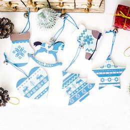 Estrela de árvore de natal azul on-line-1 lote / 3 pcs natureza madeira azul estrela cavalo árvore de natal pingente de decoração para casa ano novo enfeites de presente de suspensão xmas decoração 62352