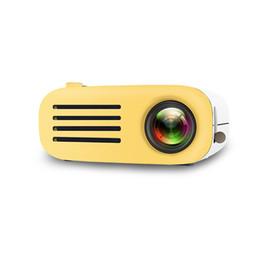 Videos de fedex online-YG200 Mini Proyector portátil Proyector de video con altavoz USB HDMI Sistema de cine en casa Proyector HD portátil DHL FEDEX