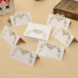 nomes de lugares de mesa Desconto Corte a laser Cartões de Lugar de Forma de Coração Cartões de Nome de Papel de Casamento Para Festa de Casamento Decoração de Mesa Decoração