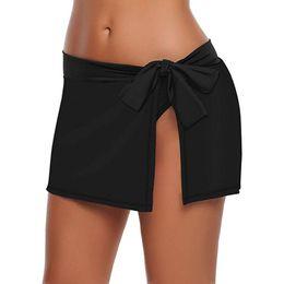 2019 encaje culottes Traje de baño de mujer sexy Culottes Falda de traje de baño lateral de bikini con cordones en la parte inferior de bikini sólido con breve playa flaca encaje culottes baratos