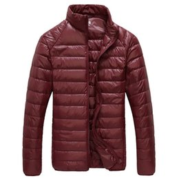 parkas for winter Promo Codes - 2019 New Men Winter Jacket Ultra Light 90% White Duck Down Jackets Casual Portable Winter Coat for Men Plus Size Down Parkas