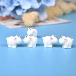 10 Pz / set Cute Mini Animali Hedgehog Pecore di pollo Fairy Garden Figurine Miniature Home Micro Miniature Decor Accessori fai da te da mini figurine animali fornitori