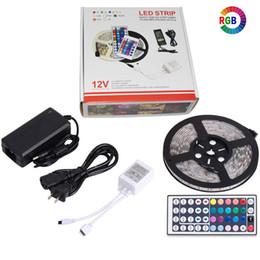 tira led 3528 blanco frio Rebajas Cinta de luz de tira de RGB LED Cinta de diodo flexible SMD 5050 RGB 24Key 44Key Power Remote Remote Lighting 5M