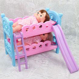 Frete grátis boneca ser aplicável brinquedo cama cama de beliche brinquedo jogo cama boneca acessórios menina brinquedo de