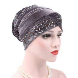 ladies muslim cap Promo Codes - 1 PCS Hot Sale Woman Hijabs Velvet Big Rhinestone Turban Head Cap Hat Beanie Ladies Hair Accessories Muslim Scarf Cap Hair