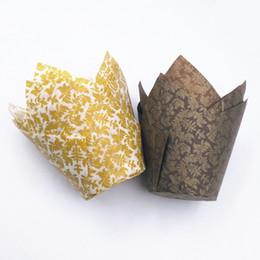2019 disegni per i bigné Supporto per tazza di carta di qualità alimentare 7 Disegni Muffin Tulip Cupcake Wrapper Resistente al calore teglia stampo per dolci 1000 pezzi DHL disegni per i bigné economici