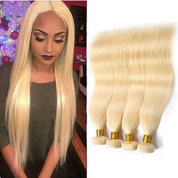 Extensiones de cabello humano malasio 4 unidades / lote Extensiones de cabello virgen recto sedoso 613 # Paquetes de colores Rubio Tramas de cabello recto desde fabricantes