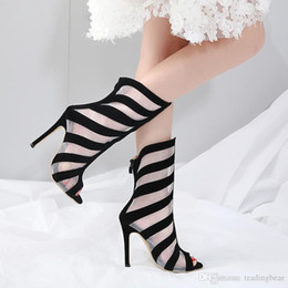Пятки появляются онлайн-Charm2019 поп дышащий Меши Пип Toe высокие каблуки лодыжки бути дизайнерская обувь 12 см до